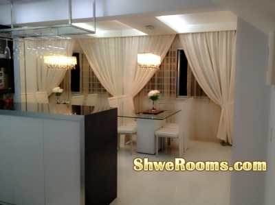 Big Coner room for two ladies @Sembawang