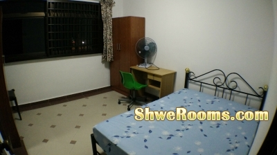 woodlands mrt aircon room all in $700