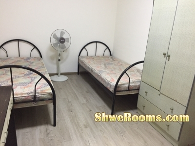 Two common rooms(Short/Long Terms) with Aircon @Boonlay