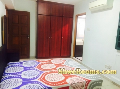 *Master Bedoom*(S$850+ PUB) (1-2mins walk to Sembawang MRT)-Couple/both males or females)