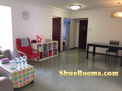 Common room to rent at sembawang!(short term& Long term) Sembawang mrtအနီး အိမ္ခန္းဌားရန္