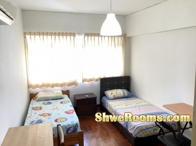 Common Room with AC for Couple or Males @ Near Bukit Batok MRT