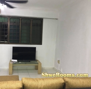 😃 one common room to rent, just 3 min away from Boon Lay MRT